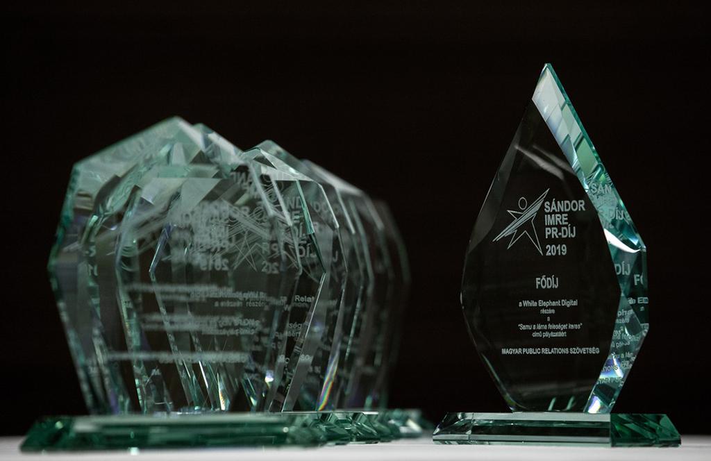 díjat kapott KáPé, az animált vlogger